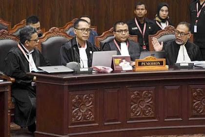 Tumben Mahfud MD Puji Tim Hukum Prabowo Cerdik