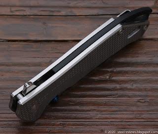 Sanrenmu 9015 flipper with 12C27 blade