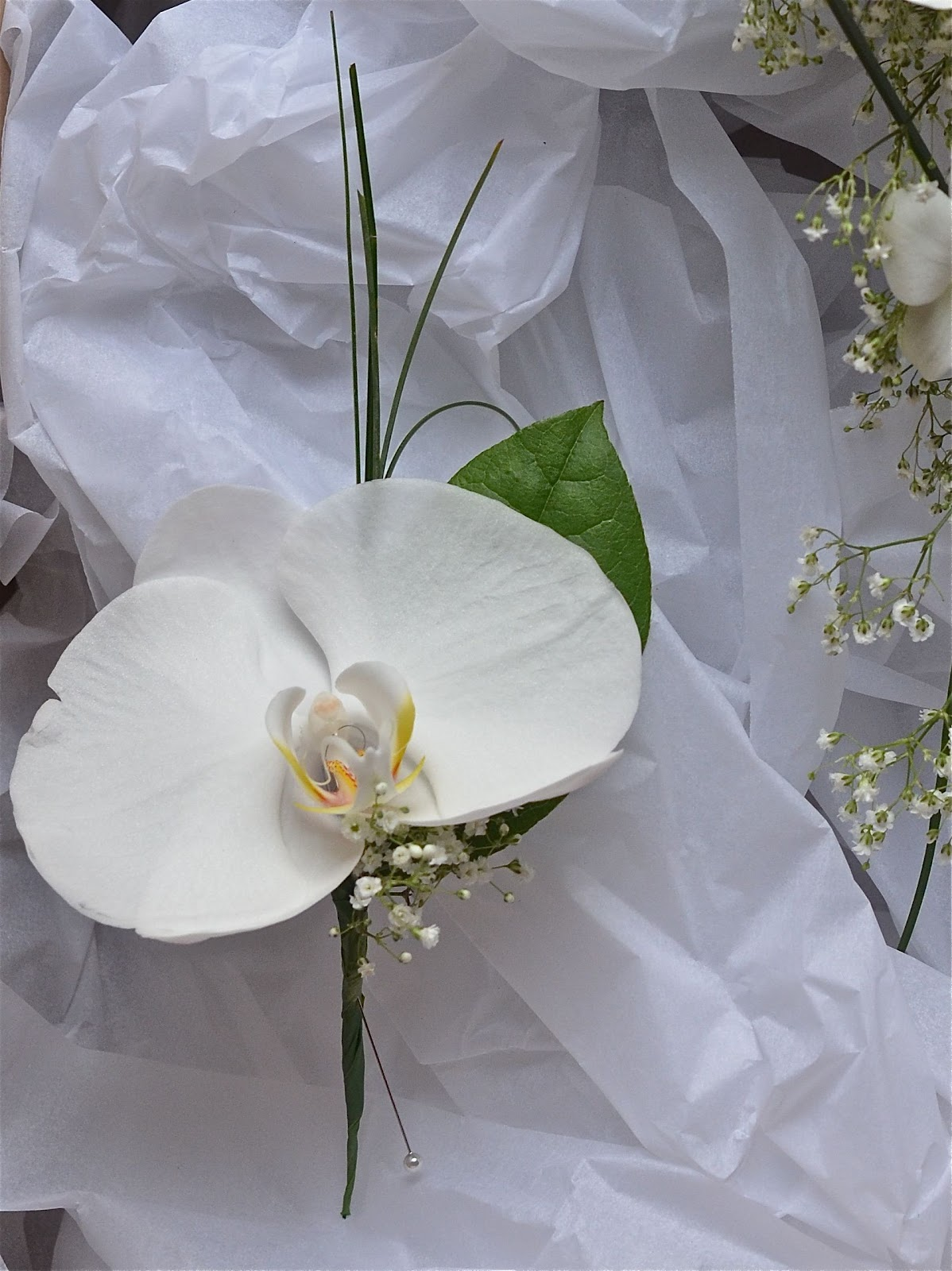 Wedding Flowers Blog Sarah S Orchid And Gypsophila