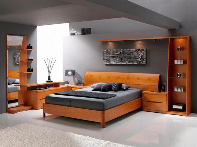 Solid Wood Bedroom Design Photo.