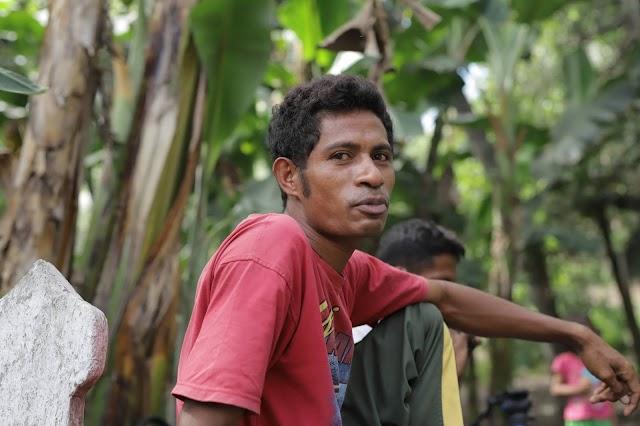 Iksan Ahmad, Nelayan Gurita dari Arubara