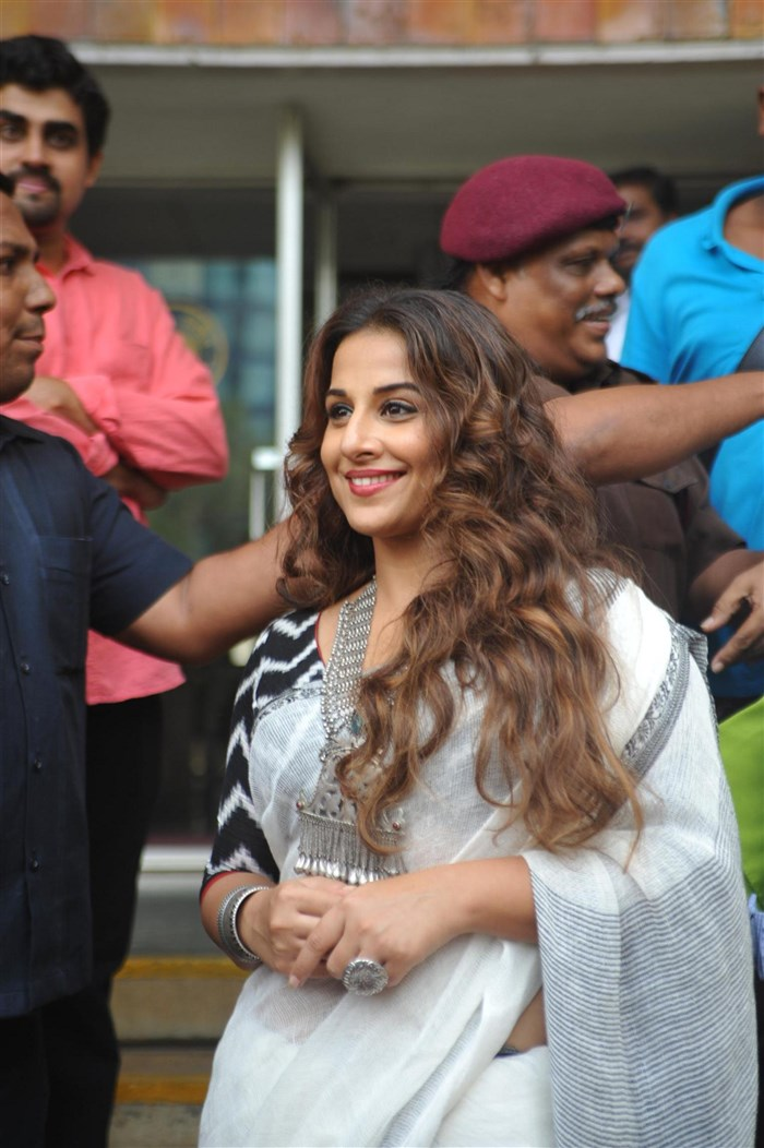 Actress Vidya Balan Pictures