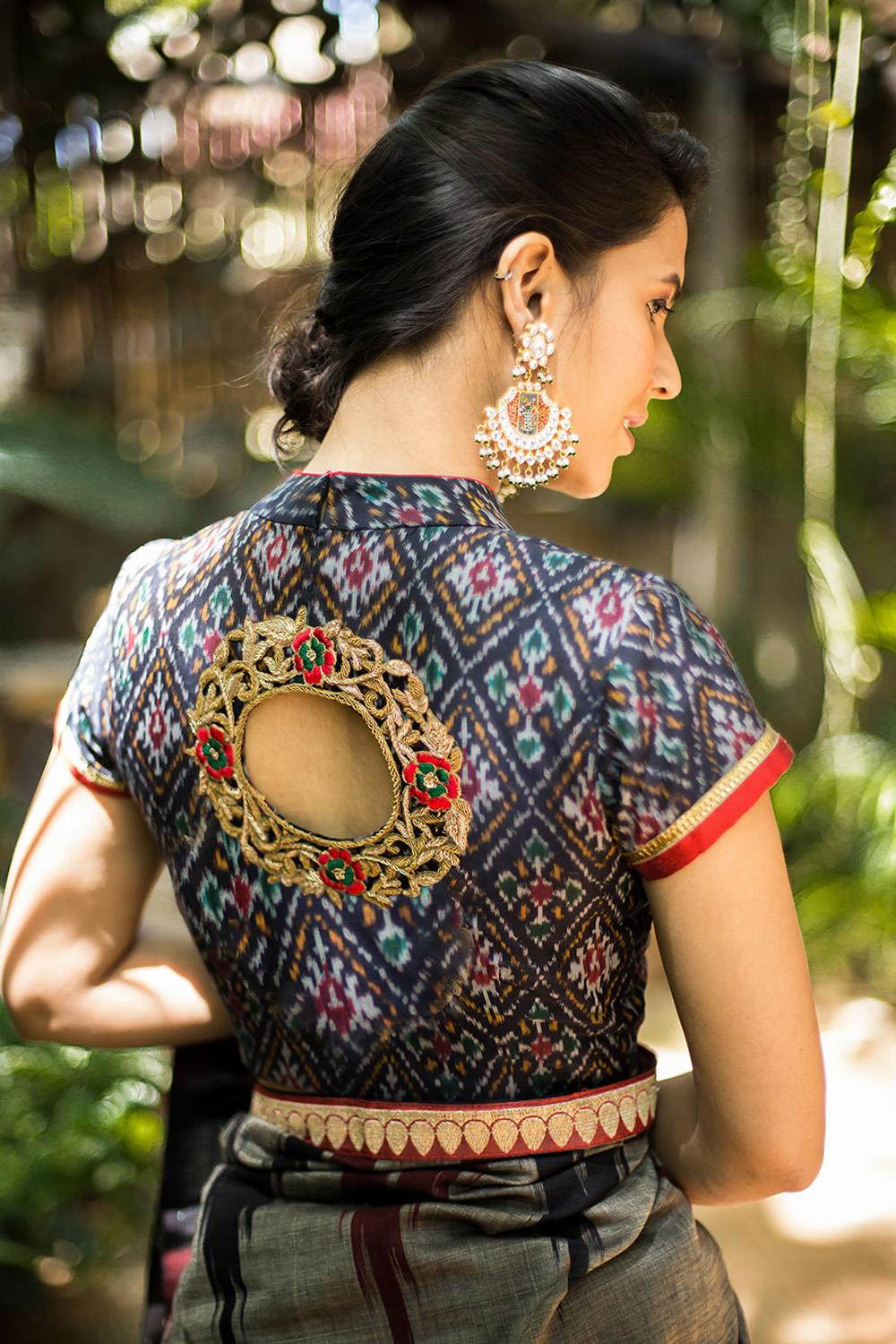 957bf8a76bbfe8 Simple collar neck blouse with gold embroidery on the back. If you are  still confused about selecting a blouse design for your saree