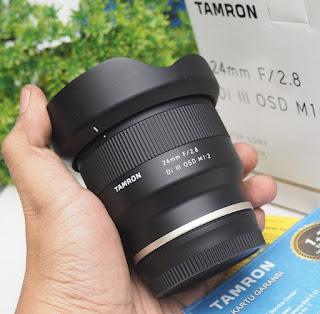TAMRON 24mm f/2.8 DI III OSD M 1:2 Lens for Sony E-mount Bekas