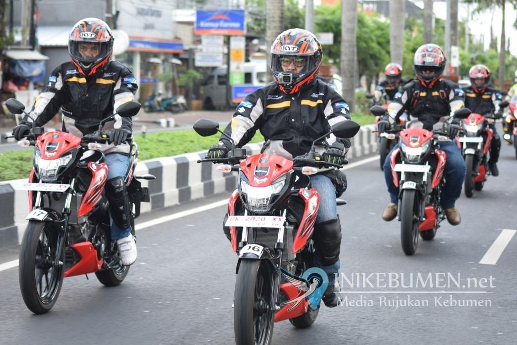Suzuki GSX150 Bandit, Touring Teman Satu Tujuan di Bali