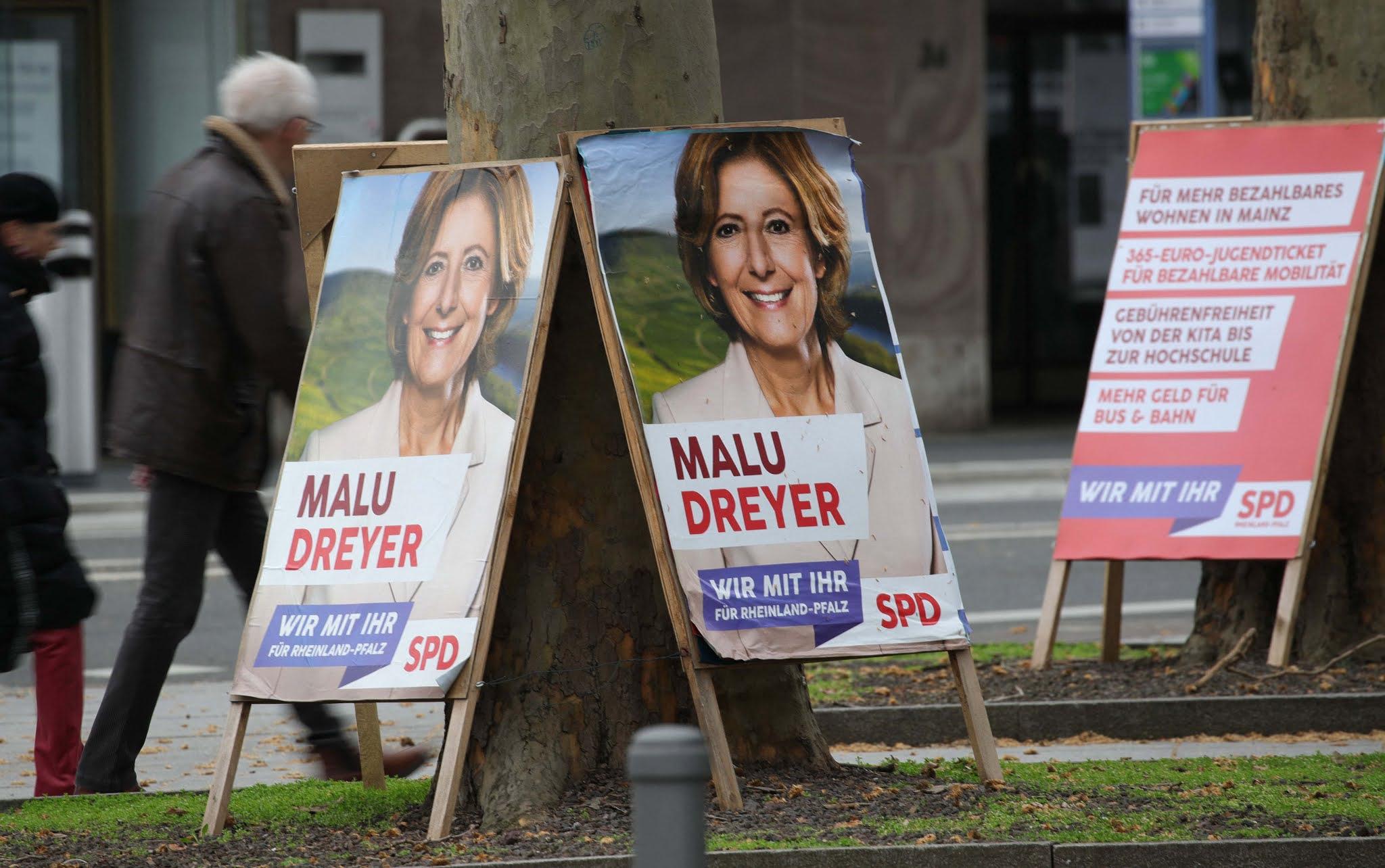 Comienza el año electoral en Alemania con una dura prueba para el partido de Merkel