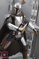 S.H. Figuarts The Mandalorian (Beskar Armor) 54