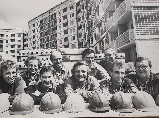 """1987 год. Рига. Золитуде. Строительная бригада """"нулевого цикла"""" домостроительного комбината"""