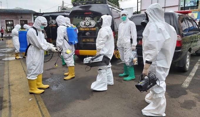 Cegah Covid-19, Satbrimobda Banten Semprotkan Cairan Disinfektan di Rutan Kelas IIB Serang