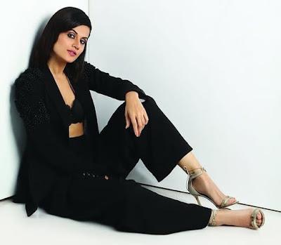 Indian Actress Taapsee Pannu Photos
