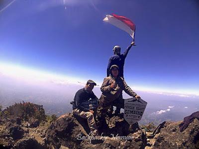 Lanngit Puncak Sejati Gunung Sumbing - Backpacker Manyar