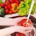 Πρέπει να πλένουμε διαφορετικά φρούτα και λαχανικά;