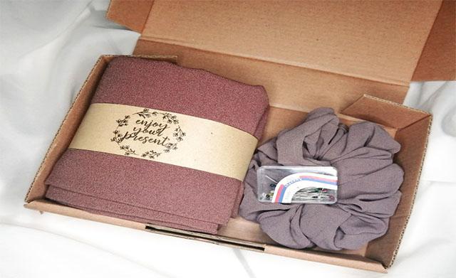 gift box hijab