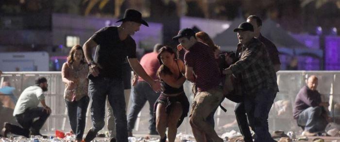 Τουλάχιστον 50 νεκροί και 400 τραυματίες απο πυροβολισμούς σε φεστιβάλ στο Las Vegas