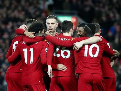 Liverpool công bố HĐ khủng, phá kỉ lục của Man Utd