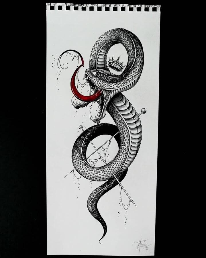 06-King-of-snakes-Zakrii-www-designstack-co