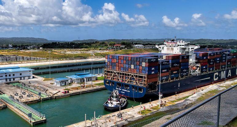 اهوسة قناة بنما
