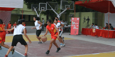 http://www.khabarspecial.com/big-story/kashmiri-girls-fight-cold-weather-compete-basketball/