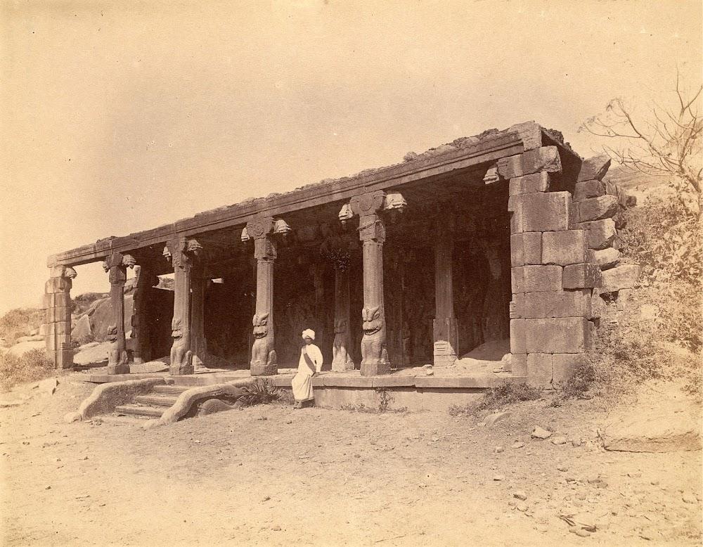 General View of the Entrance to the Krishna Mandapa, Mamallapuram in Tamil Nadu - c.1885