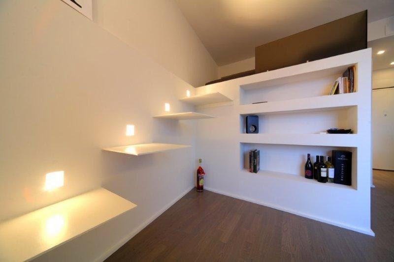 Interior relooking 30 mq di comfort come ristrutturare for Soppalco d arredo