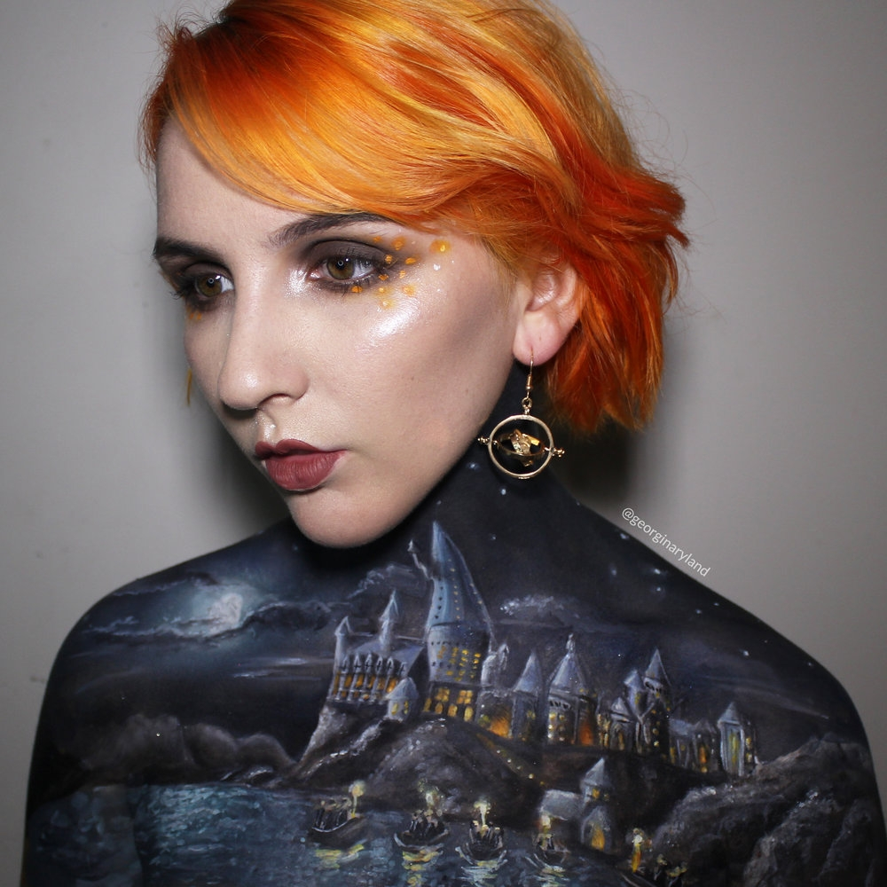 04-Hogwarts-Harry-Potter-Georgina-Ryland-Fantasy-and-Movie-Makeup-Paintings-on-your-body-www-designstack-co