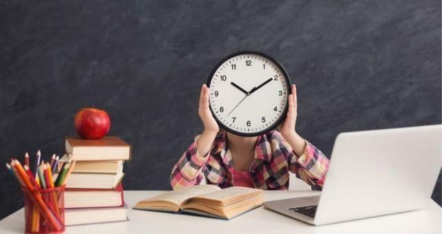 نصائح لتنظيم وقت طلبة الجامعات