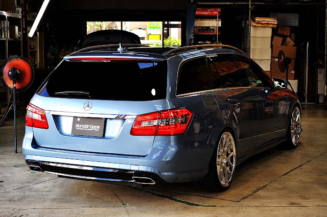 Mecedes Benz S212 E Class Wagon On Hyper Forged Wheels