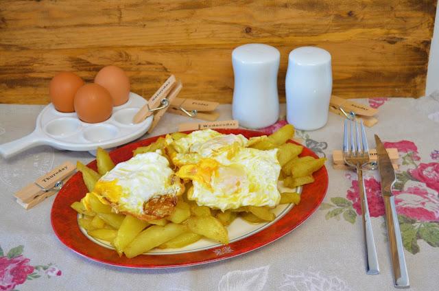 Las delicias de Mayte, como hacer patatas fritas con huevo, mi plato favorito, patatas fritas con huevos, mi plato preferido, patatas fritas, patatas fritas con huevo frito, patatas fritas con huevos revueltos,