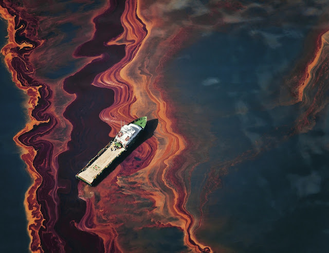 cleaning_oil_spills