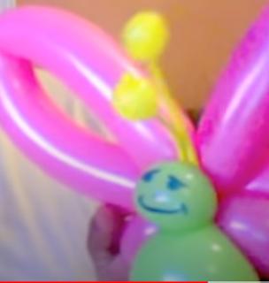 Simple Ballonmodellage eines Schmetterlings.
