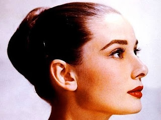 Does Audrey Hepburn look like her Chinese zodiac sign?