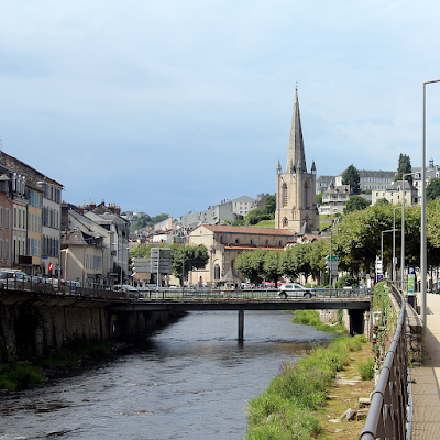 Tulle is constructed on the banks of the Corrèze river in a narrow valley.