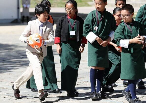 Crown Prince family visited Changangkha Middle Secondary School