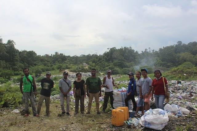 Melihat Sampah di TPA Aibyowki, Biak