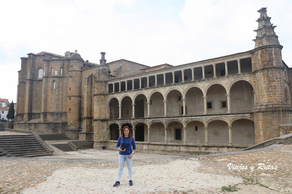 Galería Carlos V, Conventual de San Benito, Alcántara
