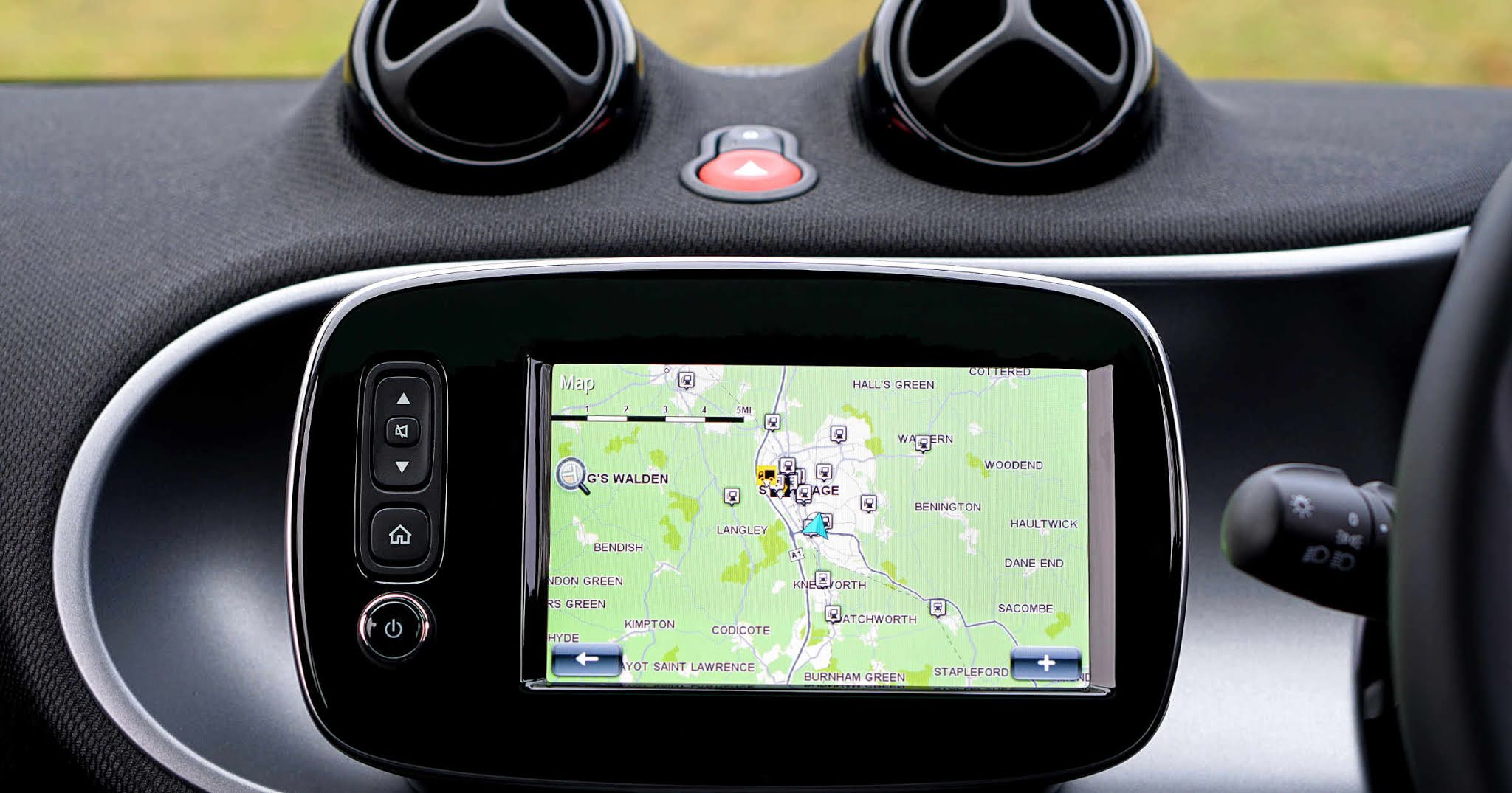 Why Vehicle Trackers Are Helpful for Your Car Fleet Business
