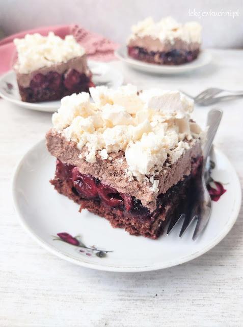 Bezowiec z wiśniami (ciasto z wiśniami i bezą) przepis
