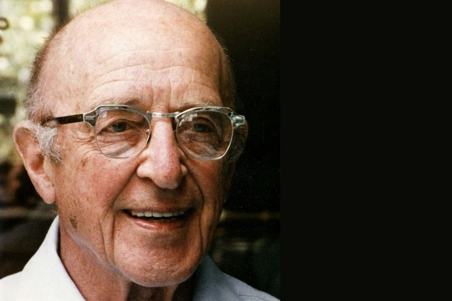 Psychologist Carl Rogers Says That a Fulfilling Life Depends on Realising Our Potential