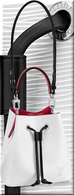Louis Vuitton NéoNoé BB bucket bag in blanc optique white and black trim #bags #louisvuitton #brilliantluxury