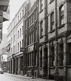 Wood Street in 1960s (www.liverpoolpicturebookcom)