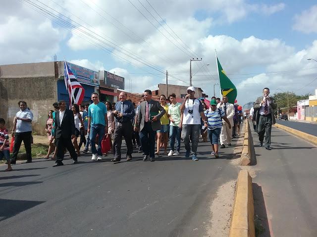 Igrejas evangélicas do São Raimundo proclamam o evangelho na 5ª Marcha para Jesus