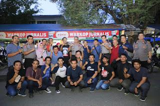 Kunjungi Warkop Jurnalis , Kapolda Sumut Irjen Pol Martuani Sormin,M.Si Berharap Media Ikut Menjaga Kamtibmas Dan Hindari Berita Hoax