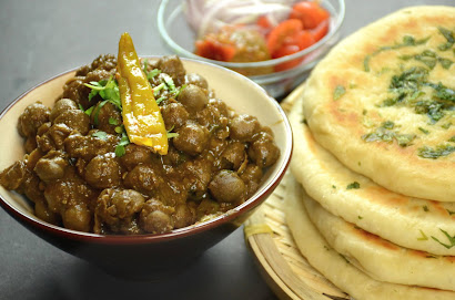 chole kulche lunch recipe
