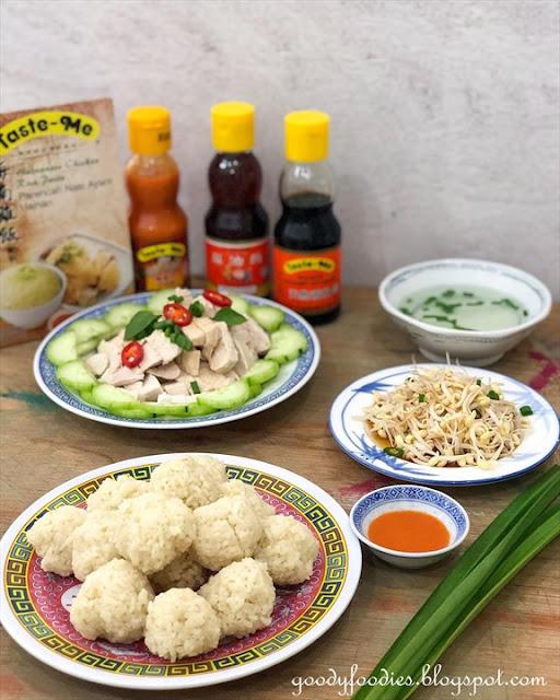 Hainanese chicken rice balls recipe