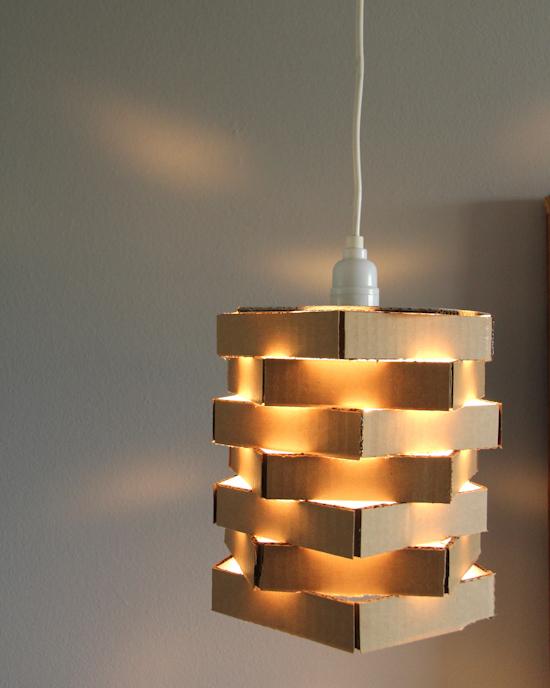 lampara, cartón, reciclar, diys, manualidades, decoración