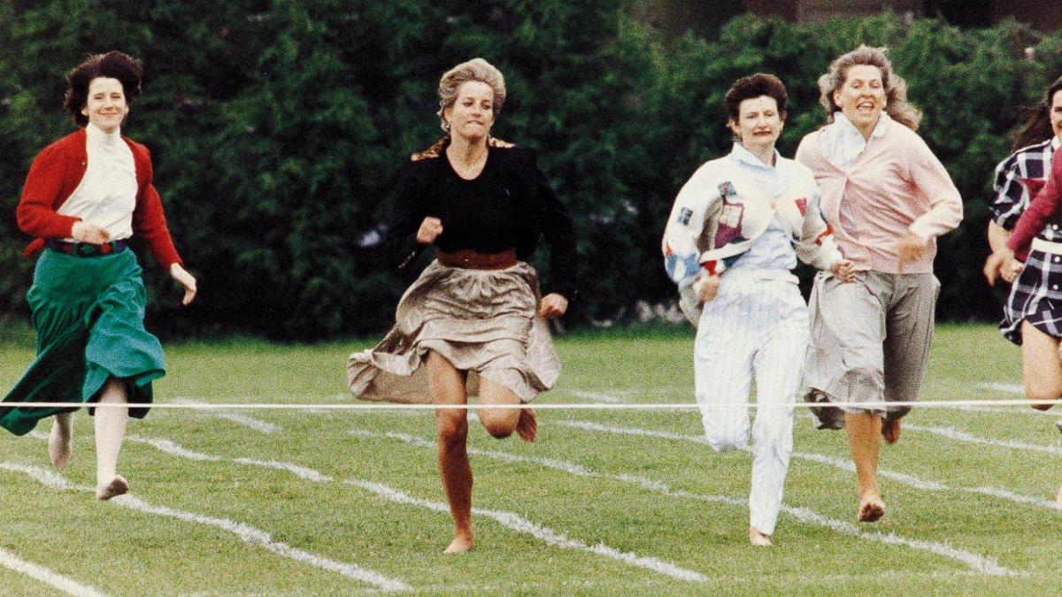 Princess Diana Runs Barefoot Wearing a Skirt in 1991
