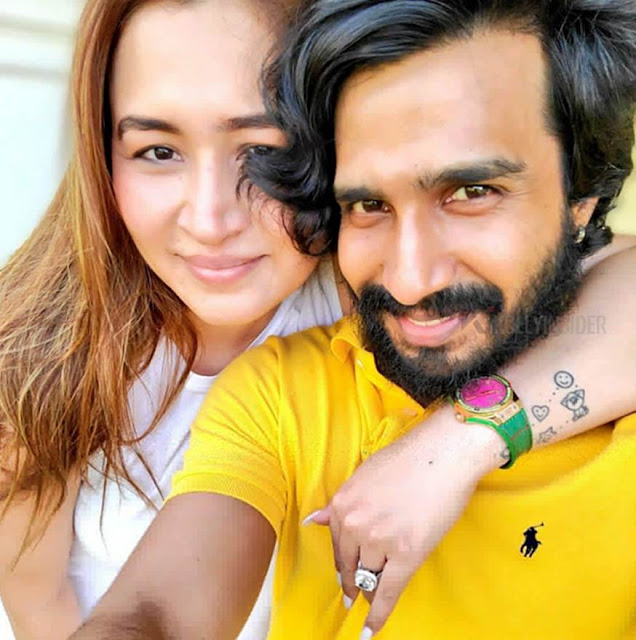 Actor Vishnu Vishal and badminton player Jwala Gutta got engaged