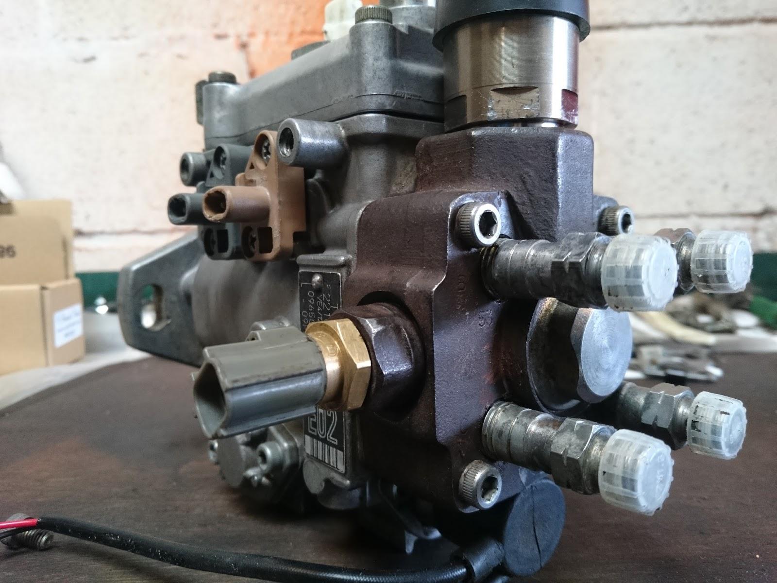 The Sunday Driver: Lucy: 1KZTE Fuel Pump Rebuild