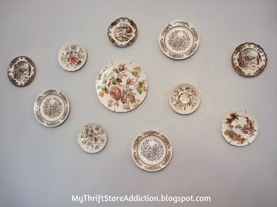 Friday's Find: Vintage Transferware mythriftstoreaddiction.blogspot.com Wall collage created with thrift store vintage plates