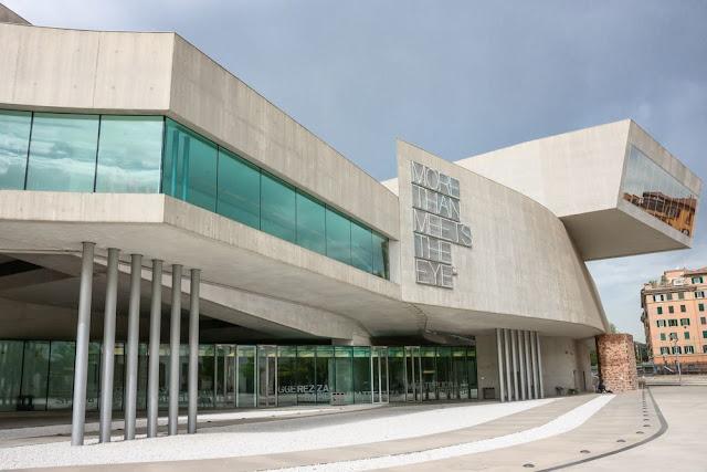 6. MAXXI – National Museum of the 21st Century Arts (1998–2010) di Roma, Italia